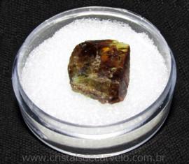 Esfenio Titanita Mineral Bruto Natural no Estojo Cod 115078