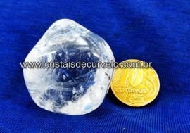 01 Cristal Rolado Pedra Natural Tamanho Medio Rocha de Garimpo REFF CR1670