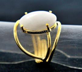 Anel Quartzo Leitoso Cabochão Oval Pequeno Dourado REFF CP1720