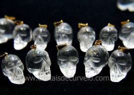 Pingente Caveira ou Cranio de Pedra Cristal Natural Montagem Dourado