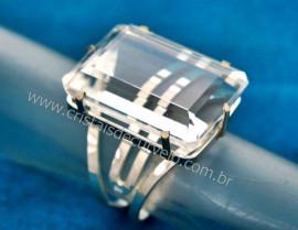 Anel Prata 950 Pedra Cristal Lapidação Esmeralda Montado em Prata de Lei Ajustavel Reff 44.1