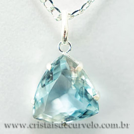 Pingente Trillion Facetado Topazio Azul Prata 950 Garra 112472