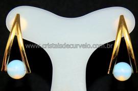 Brinco em V Bolinha Opalina Tarracha Dourado Reff 107407