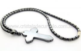 Colar Crucifixo Pedra Hematita Rolada 48cm REFF CH9017
