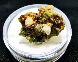 Esfenio Titanita Verde Mineral Natural No Estojo Para Colecionador Exigente Cod ET54.1