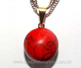 Pingente Bolinha Pedra Howlita Vermelha Pino Dourada