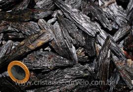1 kg Cianita Preta ou Vassoura de Bruxa Pedra de Garimpo REFF CP9438