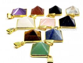 10 Pingente Piramide Atacado Pedras Mistas Envolto Dourado
