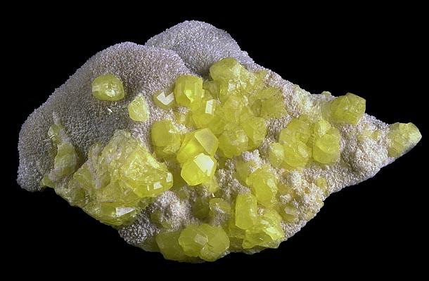 enxofre-cristalizado-na-matriz.jpg