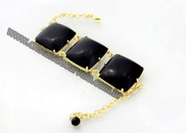 Bracelete 03 Pedras Onix Preto Lapidação Quadrado Cabochão Dourado Cod 37.9
