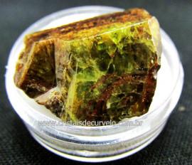 Esfenio Titanita Verde Mineral Natural No Estojo Para Colecionador Exigente Cod ET48.3