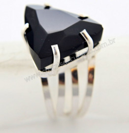 Anel Prata 950 Obsidiana Negra Trillion Montado em Prata de Lei Ajustavel Cod 33.6